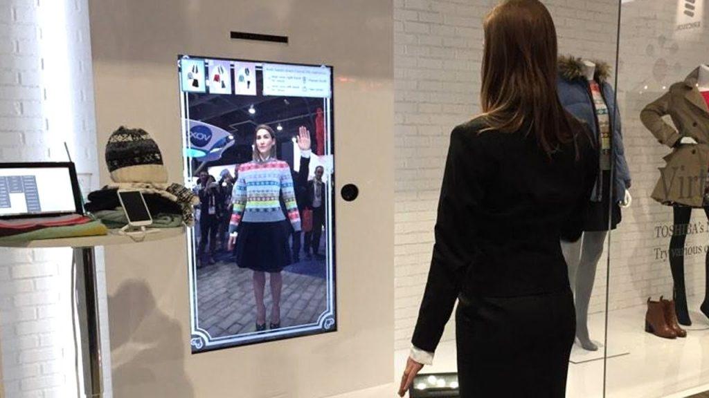 digitalización de los espacios de venta con espejos inteligentes